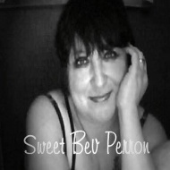 Sweet Bev Perron (USA)